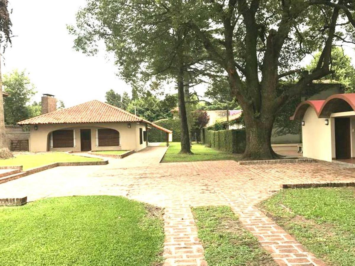 Foto Casa en Venta en  Villa Elisa,  La Plata  408 e/ 27 y belgrano