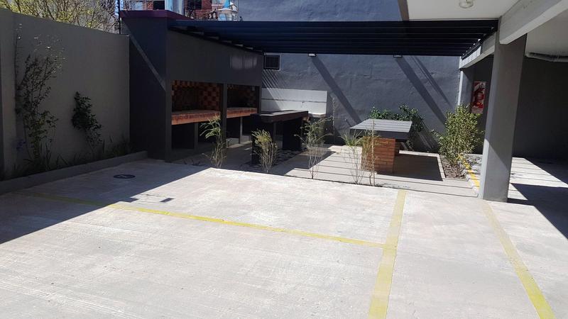 Foto Departamento en Venta en  Moron ,  G.B.A. Zona Oeste  Mariano Moreno 900 1ºB