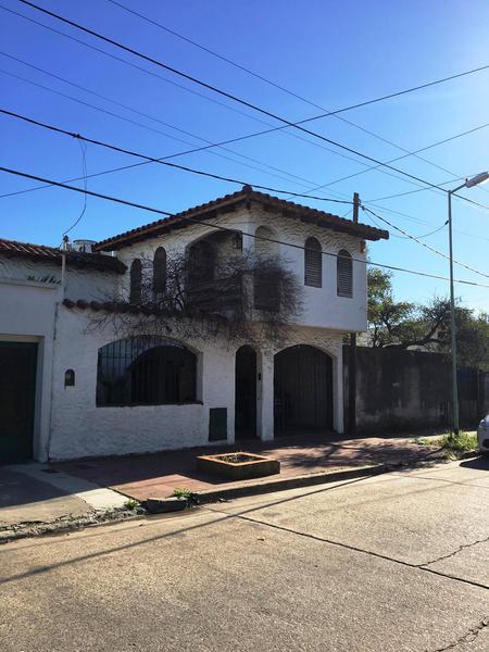Foto Casa en Venta en  La Plata ,  G.B.A. Zona Sur  531 entre 116 y 117