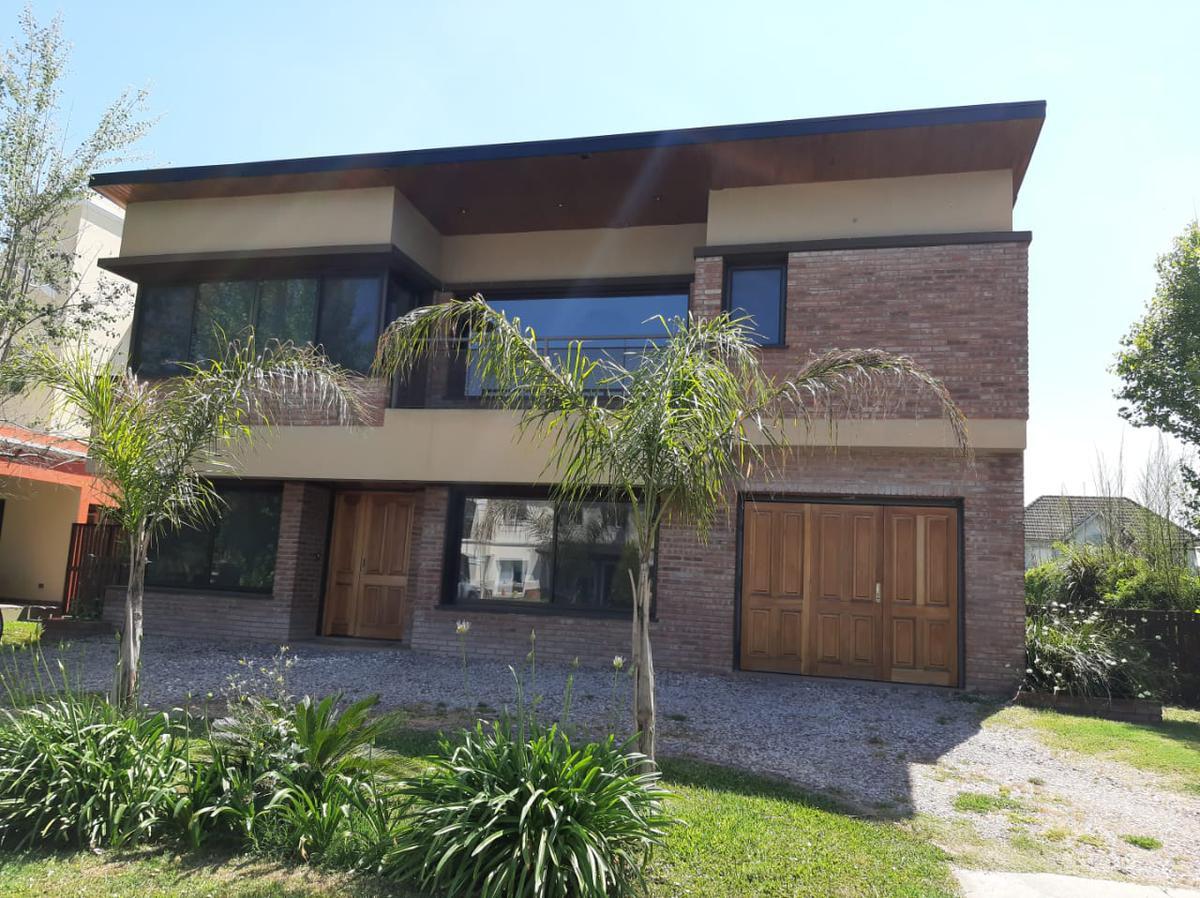 Foto Casa en Venta en Altos del Sol, Ituzaingo, Ituzaingó | Countries/B.Cerrado (Ituzaingó) | Altos Del Sol
