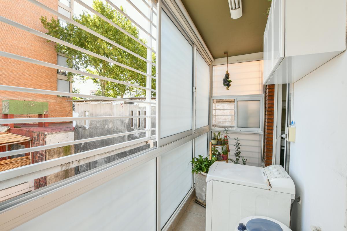 Departamento de 2 dormitorios en venta con baulera  - Centro
