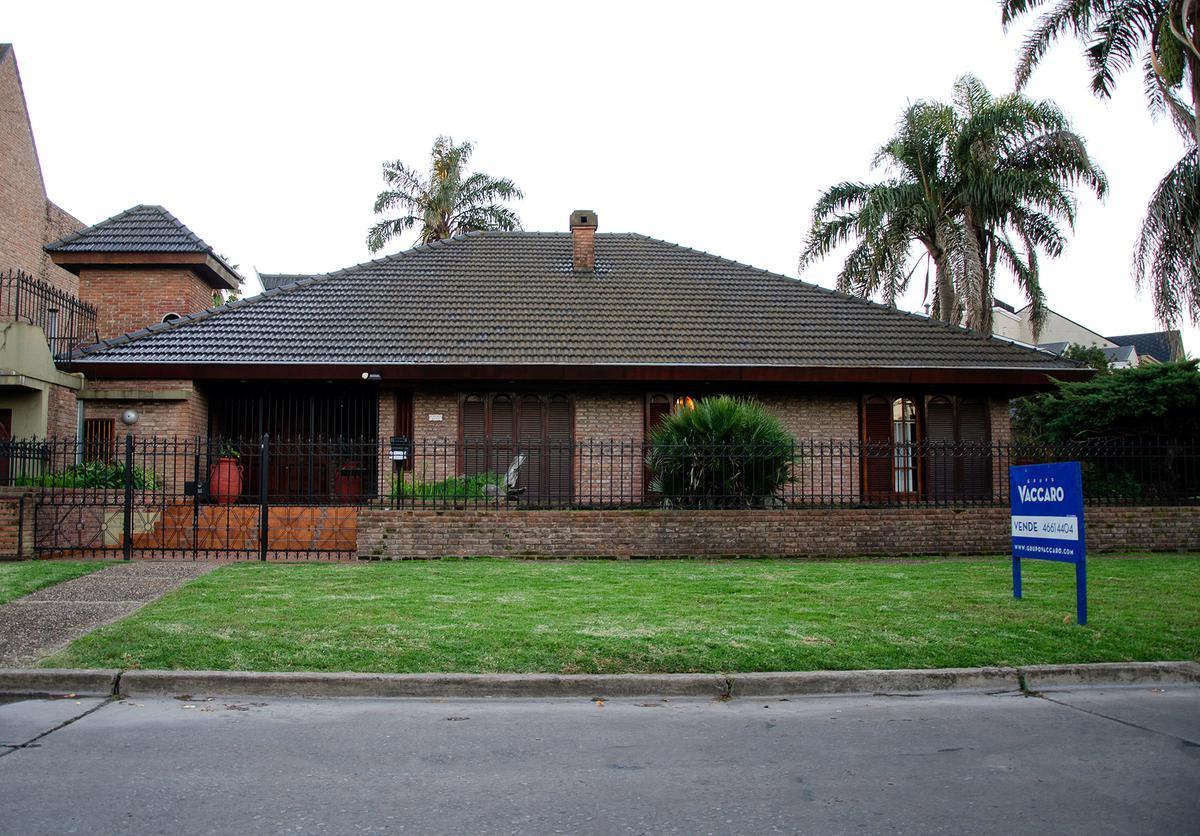 Foto Casa en Venta en Eusebio Gimenez al 3100, G.B.A. Zona Oeste   Moron   Castelar