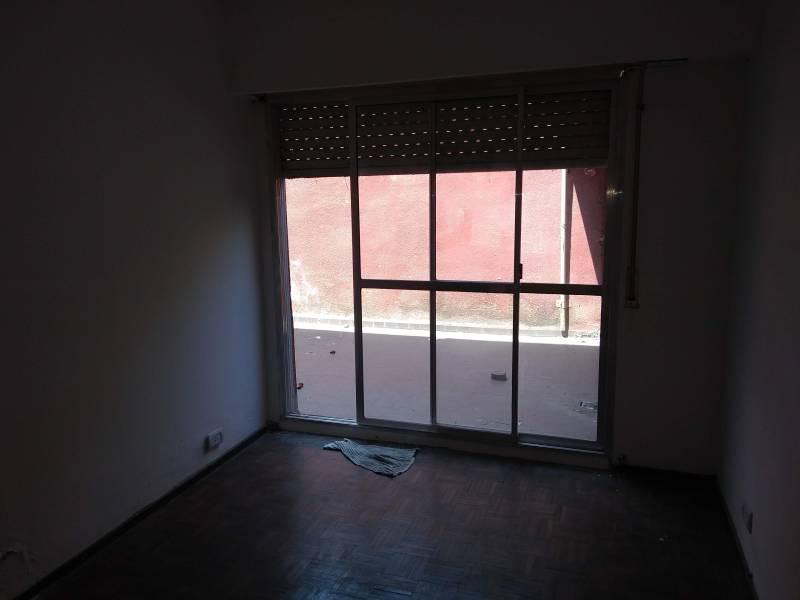 Foto Departamento en Venta en  República de la Sexta,  Rosario  Colón al 2400