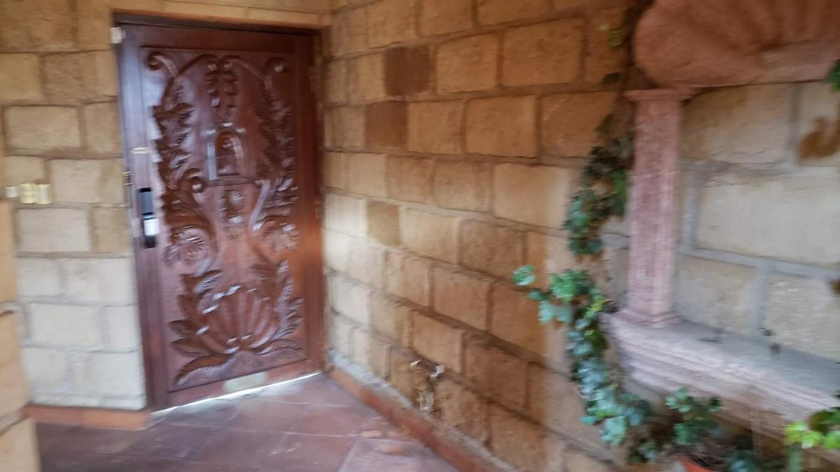 Foto Casa en Venta en  Parques de la Herradura,  Huixquilucan  VENTA EXCELENTE RESIDENCIA, PARQUES DE LA HERRADURA, HUIXQUILUCAN EDOMEX