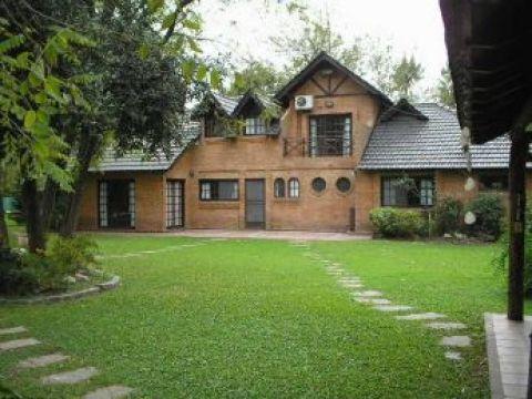Foto Casa en Venta en  Barrio Parque Leloir,  Ituzaingo  JULIAN BALBIN