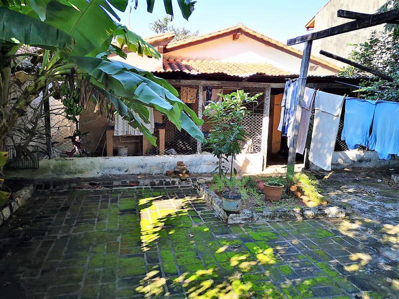 Foto Terreno en Venta en  Mburucuya,  Santisima Trinidad  Zona Restaurante Tierra Colorada
