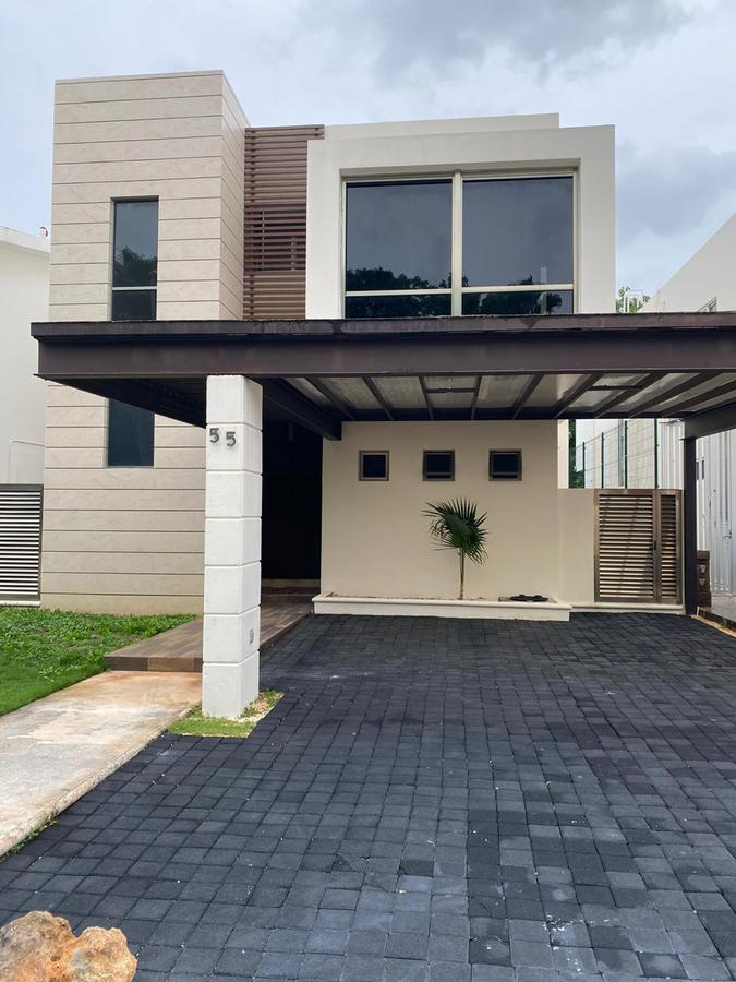 Foto Casa en Venta en  Residencial Cumbres,  Cancún  CASA EN VENTA EN CANCUN EN RESIDENCIAL CUMBRES BY CUMBRES