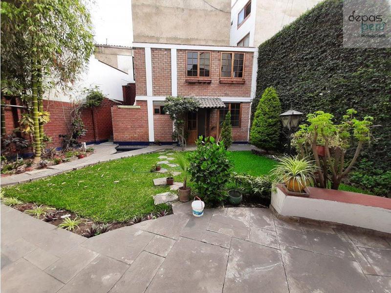 Foto Casa en Alquiler en  Santiago de Surco,  Lima  Oscar Chocano
