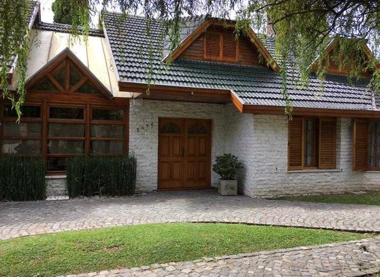 Foto Casa en Venta en  La Plata,  La Plata  476 e/ 19 y 20