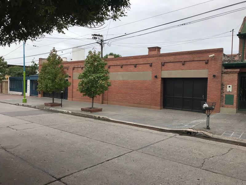 Foto Casa en Venta | Alquiler en  Zona Norte,  San Miguel De Tucumán  Muñecas al 1800