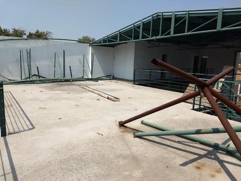 Foto Edificio Comercial en Venta en  Fraccionamiento El Perul,  Salamanca  Inmueble Comercial/Local en venta Salamanca, Gto.