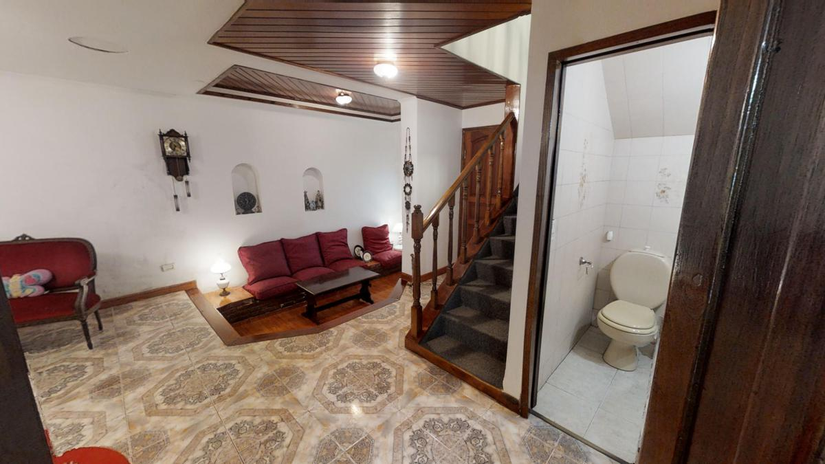 Foto Casa en Venta en  Lanús Oeste,  Lanús  Resistencia 880