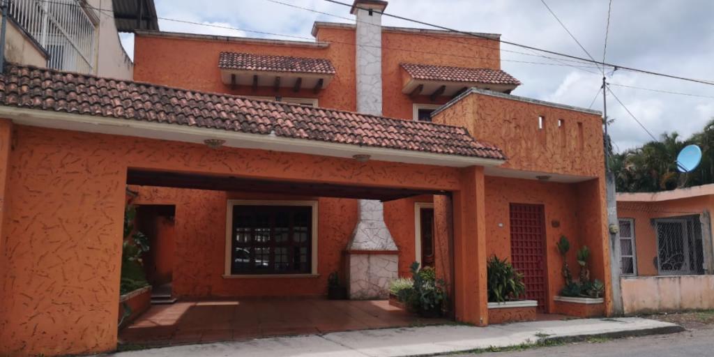 Foto Casa en Renta en  Agrícola,  Coatepec  Agrícola