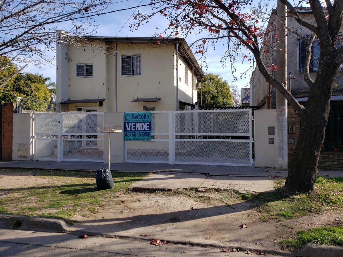 Foto Casa en Venta en  Rosario,  Rosario  GSCHWIND al 1100