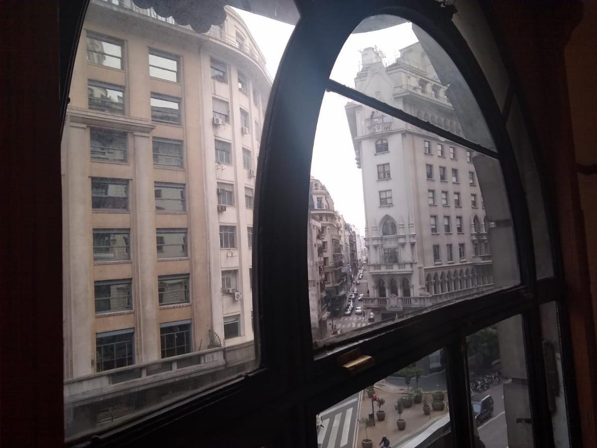 Foto Oficina en Alquiler en  Centro (Capital Federal) ,  Capital Federal  Roque Saenz Peña al 600
