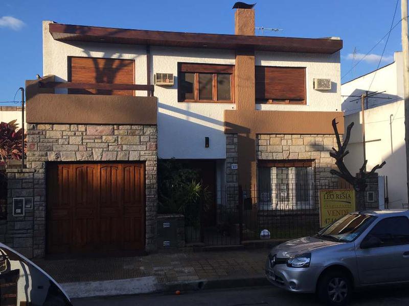 Foto Casa en Venta en  S.Fer.-Libert./Rio,  San Fernando  MAESTRO ALVAREZ 1844