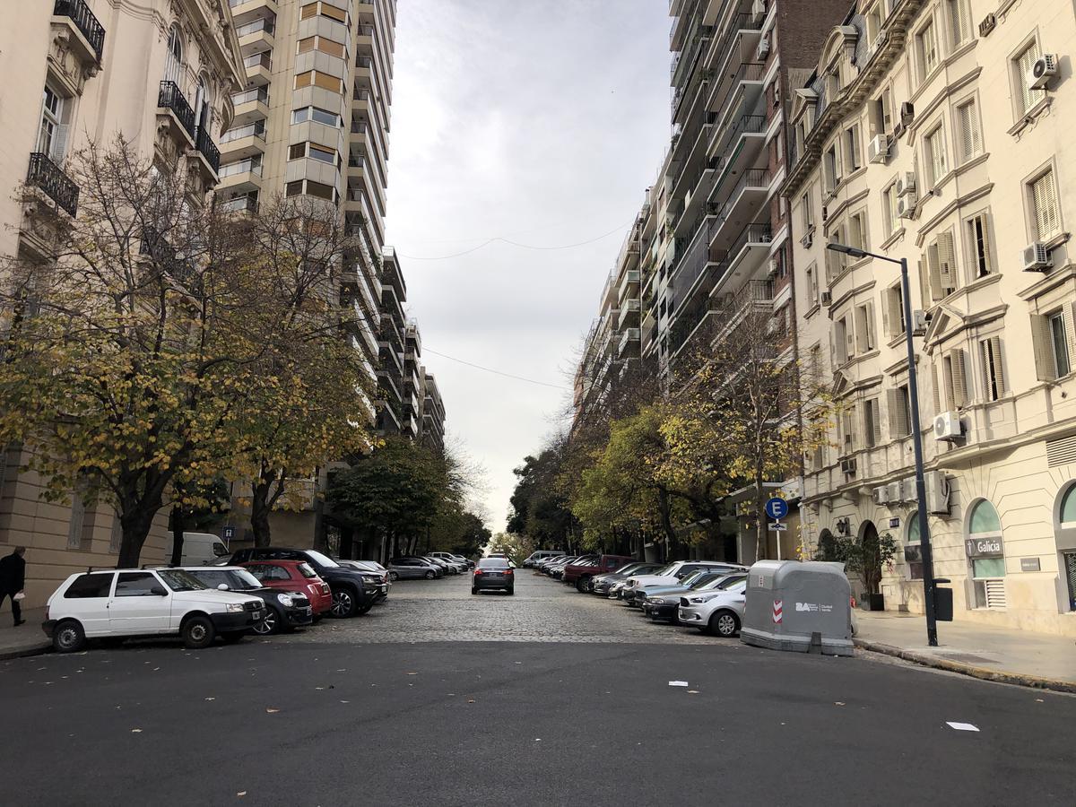 Foto Departamento en Alquiler en  Recoleta ,  Capital Federal  Gelly y Obes al 2200