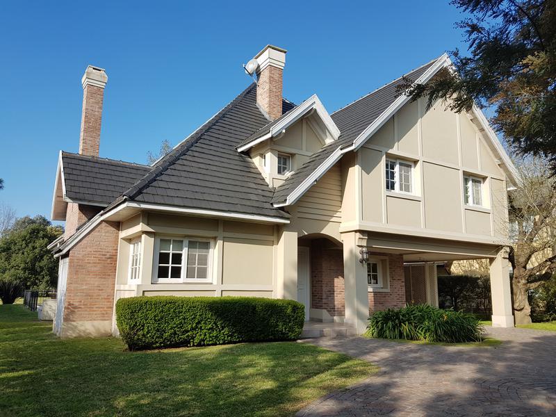 Foto Casa en Alquiler en  Saint Thomas,  Countries/B.Cerrado  Hermosa casa en St Thomas (S)