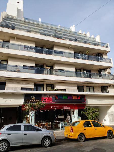 Foto Departamento en Alquiler en  General Paz,  Cordoba Capital  Ovidio Lagos  al 44