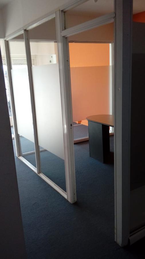 Foto Oficina en Alquiler en  Centro (Capital Federal) ,  Capital Federal  C. PELLEGRINI 651