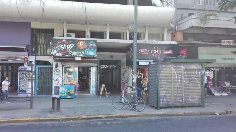 Foto Local en Venta en  La Plata,  La Plata  Avda. 7 e/ 48 y 49