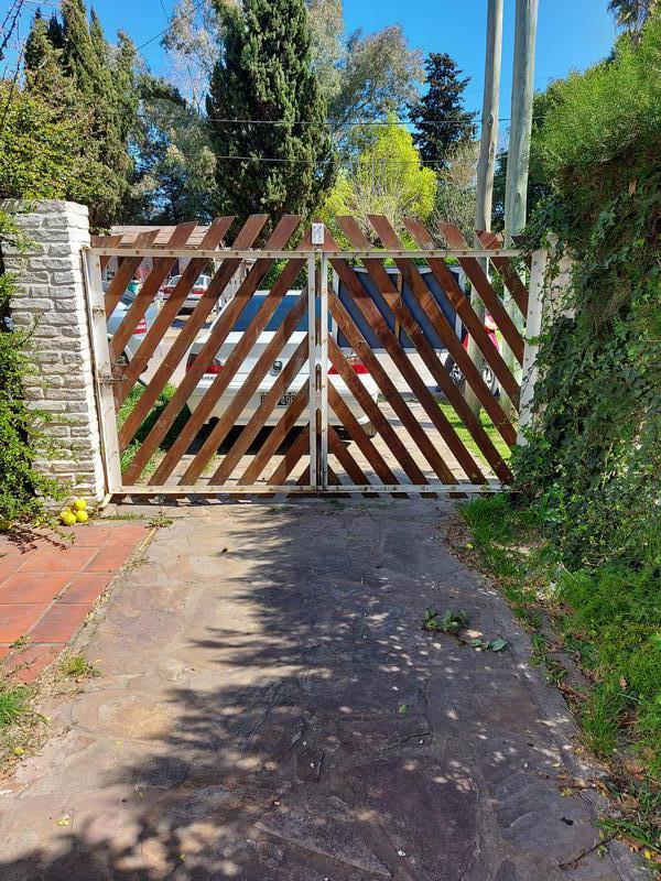 Foto Quinta en Venta en  Ezeiza ,  G.B.A. Zona Sur  Venta - Quinta amoblada en Ezeiza