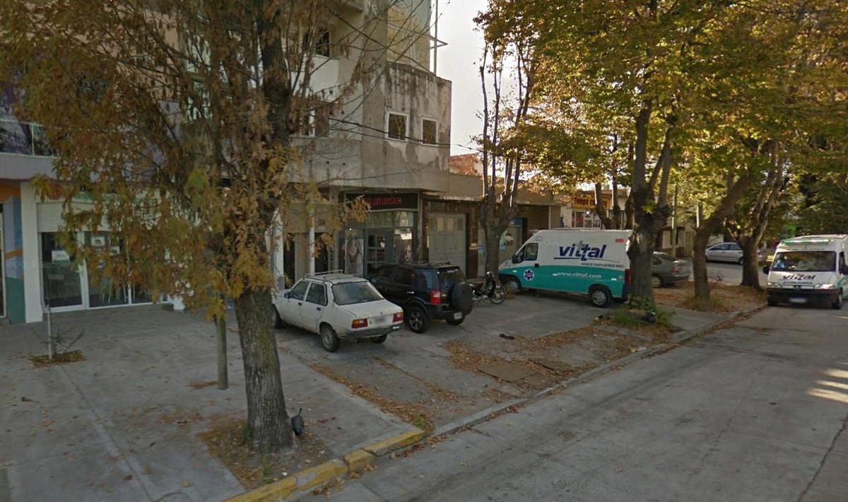 Foto Local en Venta en  Pompeya,  Mar Del Plata  Av. Libertad al 3900