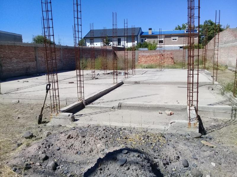 Foto Terreno en Venta en  Villa Regina,  General Roca  TERRENO CON BASES-V.REGINA