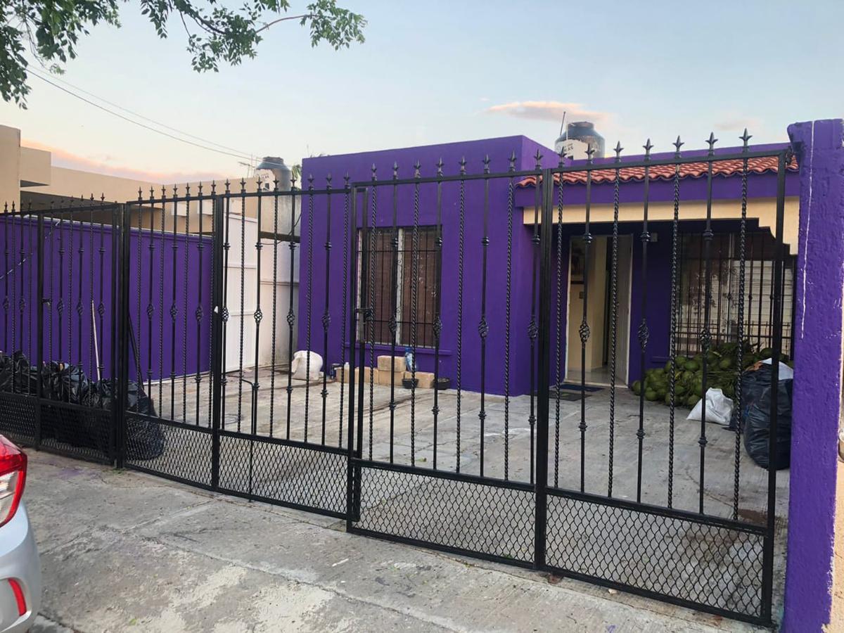 Foto Casa en Venta en  Francisco de Montejo,  Mérida  EN VENTA CASA EN FCO DE MONTEJO, CERCA DE AVENIDA