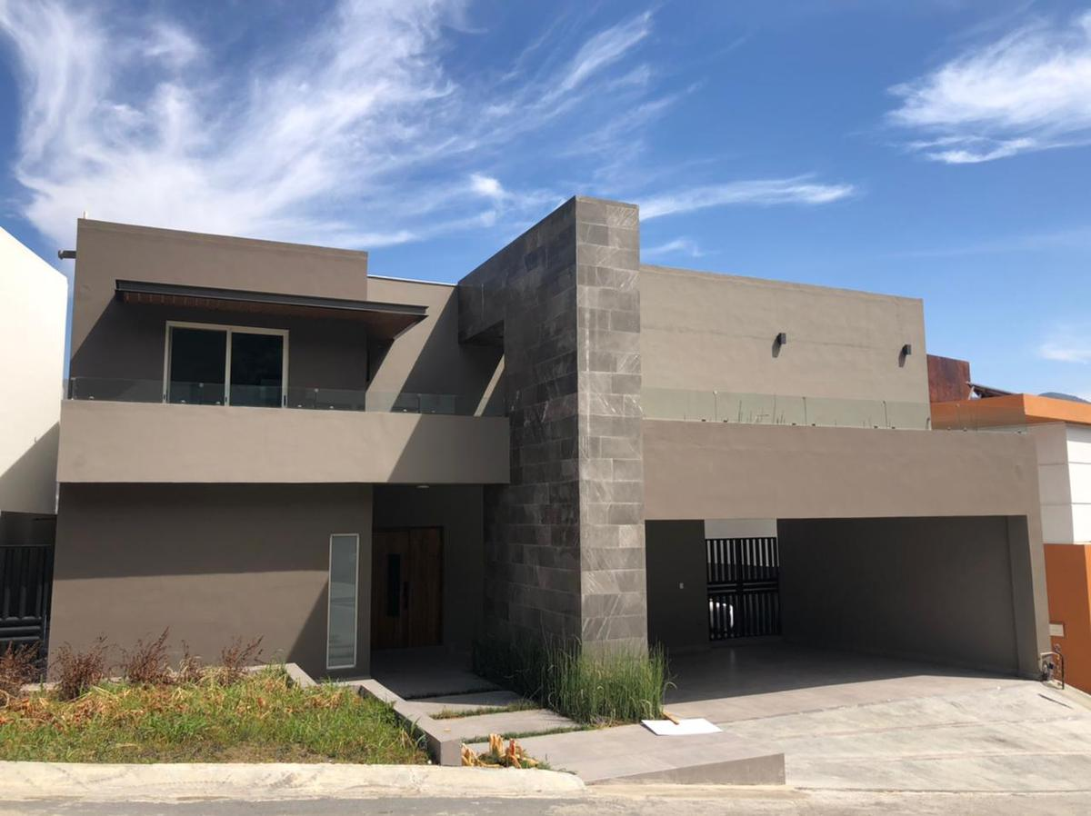 Foto Casa en Venta en  Monterrey ,  Nuevo León  CASA VENTA LA TOSCANA CARRETERA NACIONAL