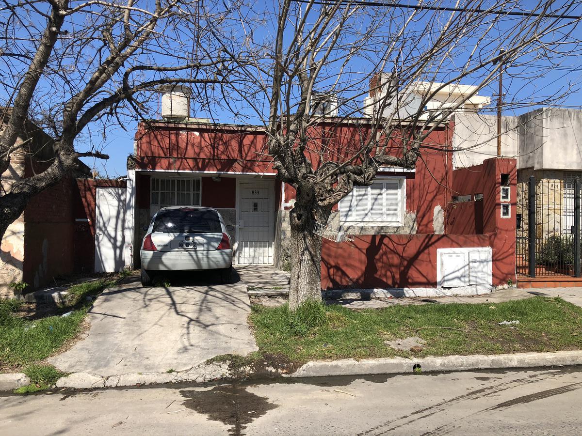 Foto Casa en Venta en  Quilmes ,  G.B.A. Zona Sur  Garibaldi 833 entre Cevallos y Monroe