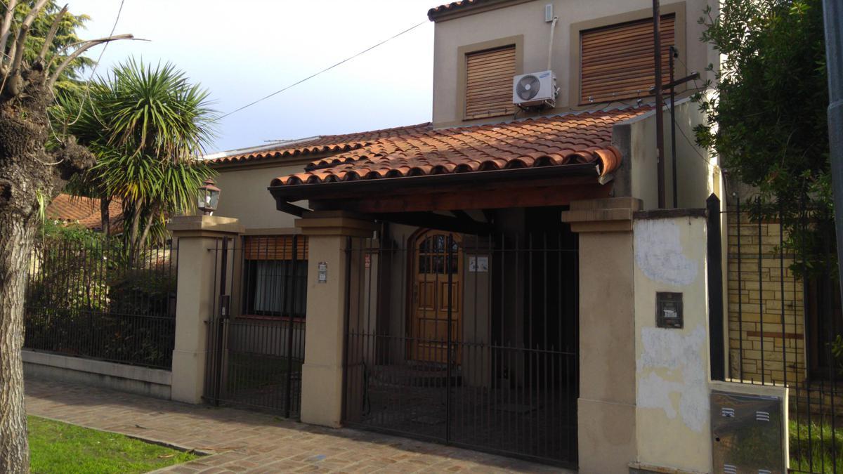 Foto Casa en Venta en  General Pacheco,  Tigre  Mendoza al 200