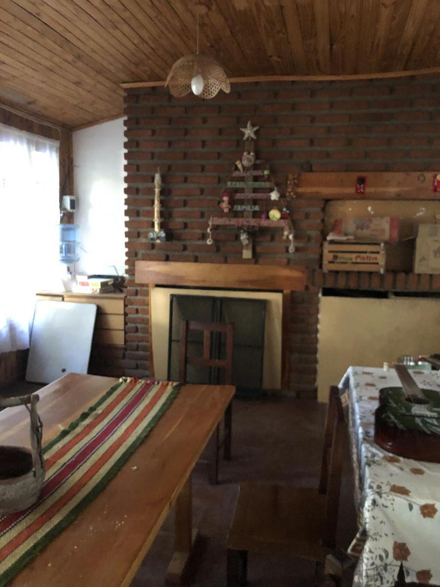 Foto Casa en Venta en  Esquel,  Futaleufu  Av. Ameghino al 1300
