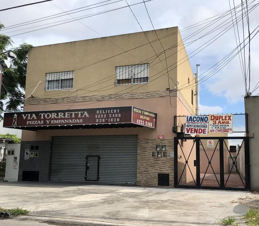 Foto Local en Venta en  Bernal Oeste,  Quilmes  Av. Zapiola nº 1105 e/ Luis Maria Campos y Smith