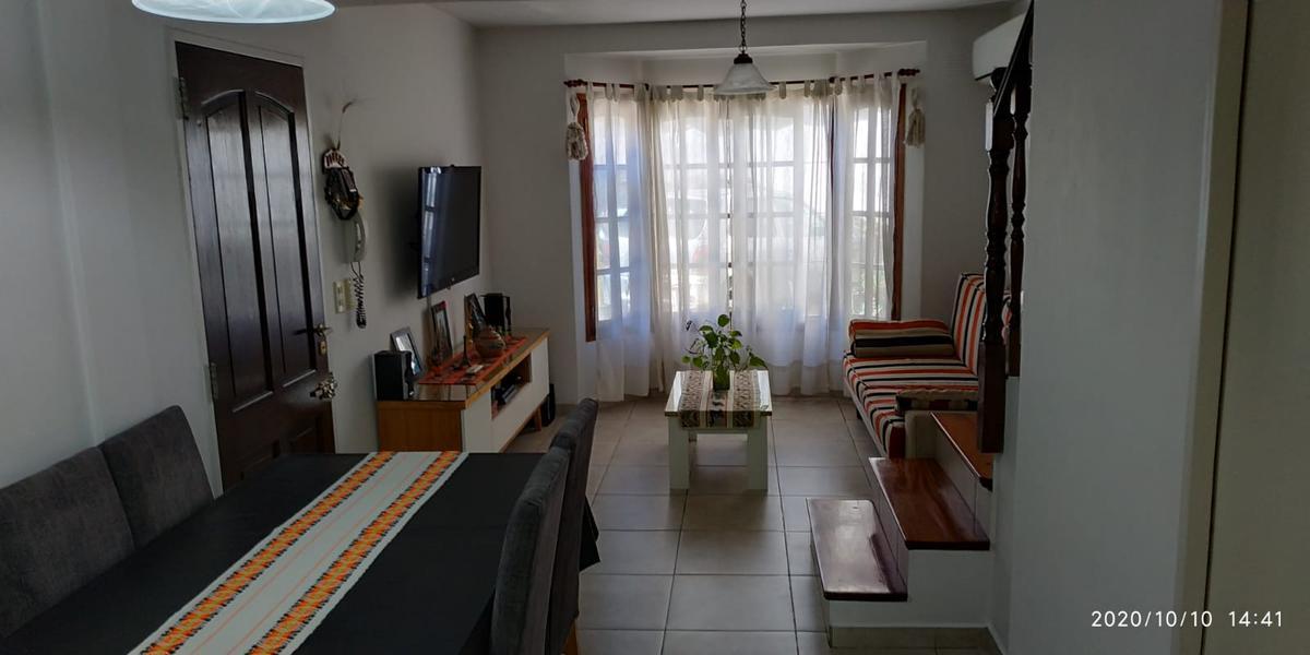 Foto PH en Venta en  Villa Luzuriaga,  La Matanza  Ombu al 400