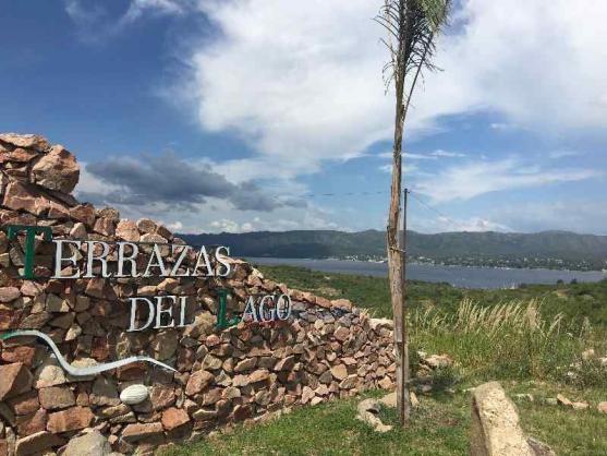 Foto Terreno en Venta en  Villa Carlos Paz,  Punilla  Villa del Lago