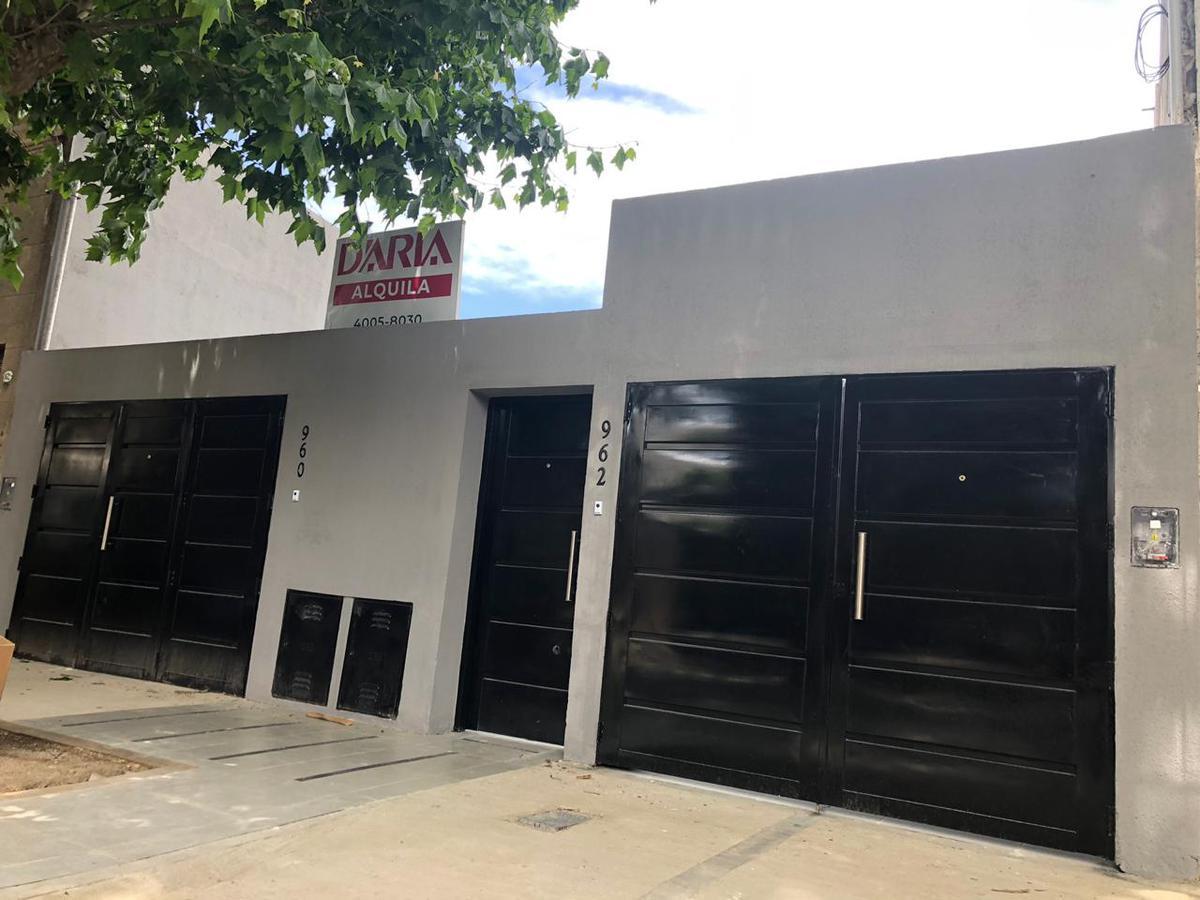 Foto PH en Alquiler en  S.Isi.-Vias/Rolon,  San Isidro  General Paz 960/962