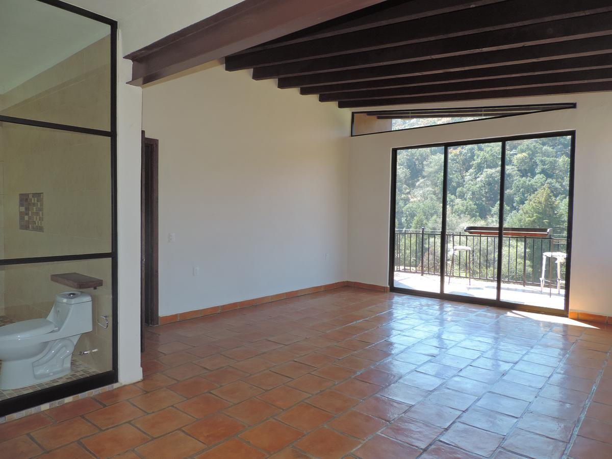 Foto Casa en Venta en  Fraccionamiento Vergel de la Sierra,  León  Residencia nueva en venta en Vergel de la Sierra