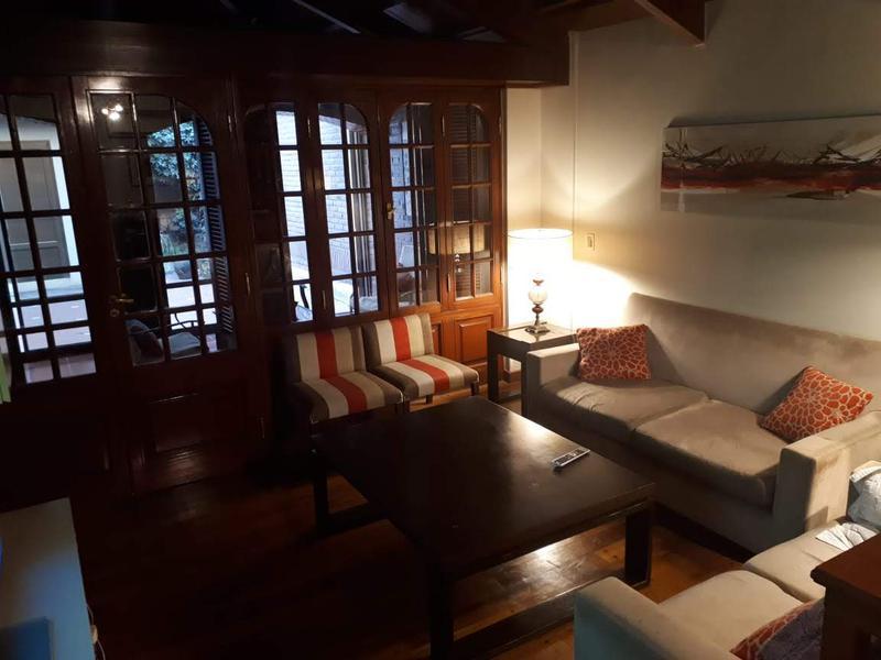 Foto Casa en Venta en  San Miguel De Tucumán,  Capital  junin al 600