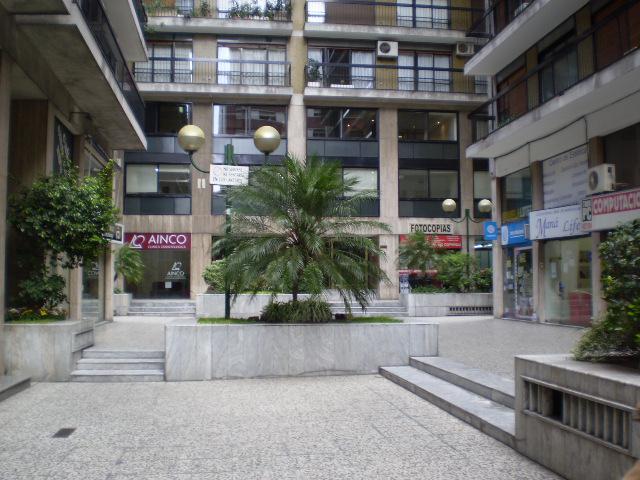 Foto Departamento en Alquiler en  Barrio Norte ,  Capital Federal  SANTA FE al 2800