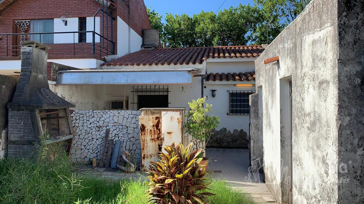 Foto Casa en Venta en  Rosario ,  Santa Fe  Lamadrid 129