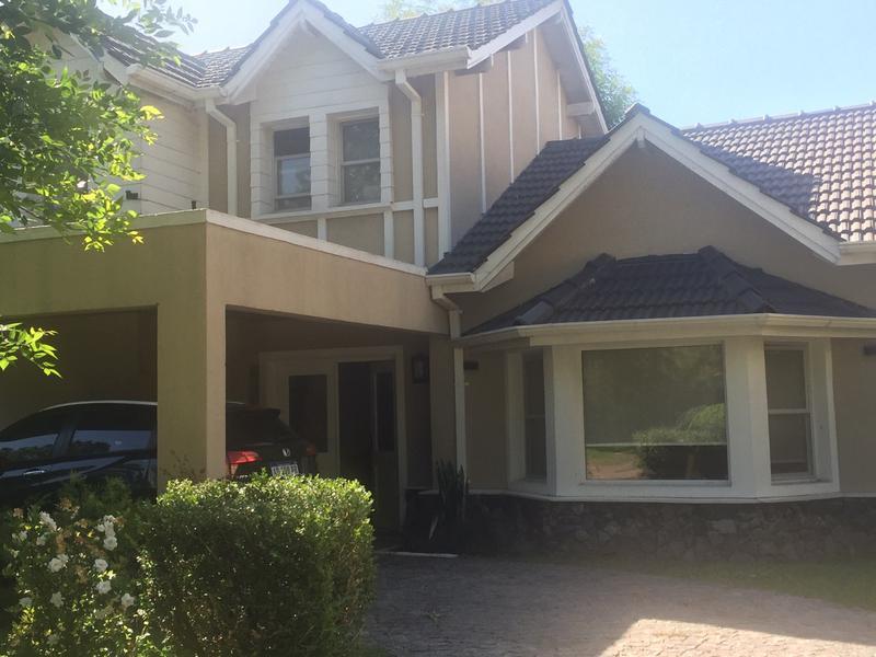 Foto Casa en Alquiler en  Pilar ,  G.B.A. Zona Norte  ALQUILER ANUAL   CASA PILAR - BARRIO LA PEREGRINA  - KM 58