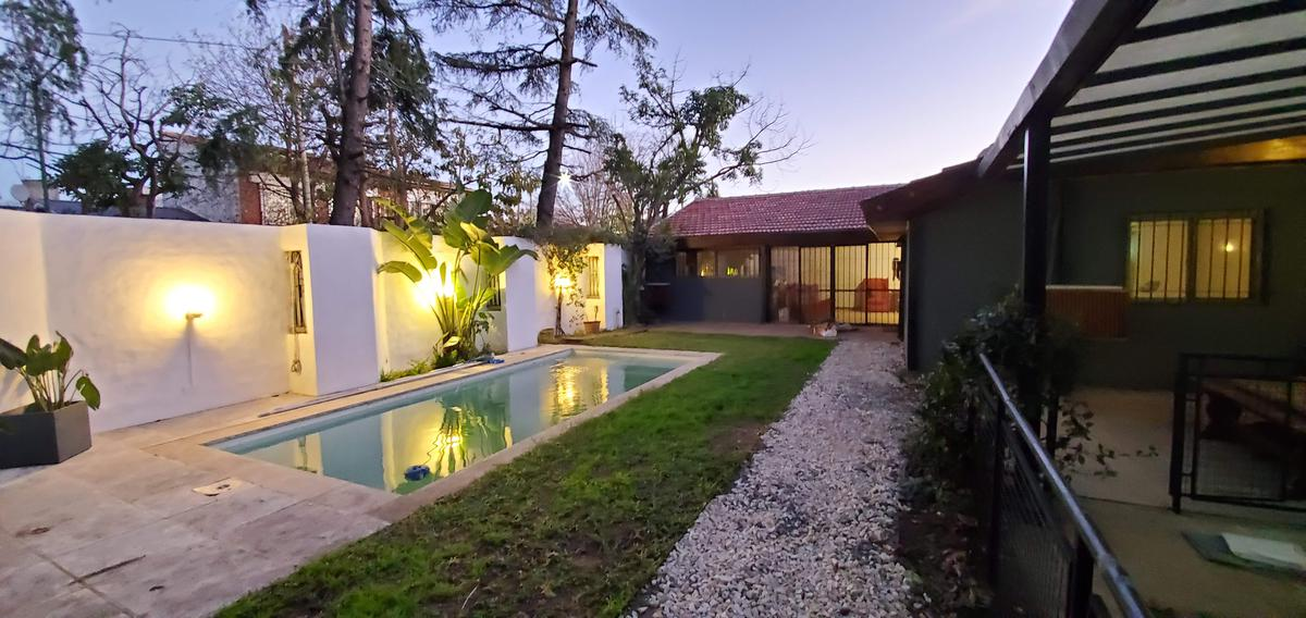 Foto Casa en Alquiler en  Mart.-Fleming/Panam.,  Martinez  Espeleta al 3000