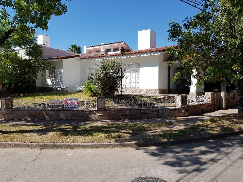Foto Casa en Alquiler en  Colinas De V.Sarsfield,  Cordoba  Jose Mateo Molina al 700