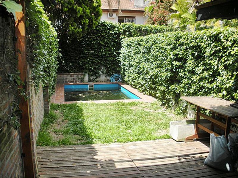 Foto Casa en Venta en  Olivos-Uzal/Panam.,  Olivos  Bouchard al 3700