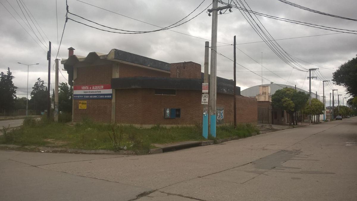 Foto Nave Industrial en Venta en  Ferreyra,  Cordoba  AV. GENERAL SAVIO CNO. INTERFABRICA al 5500