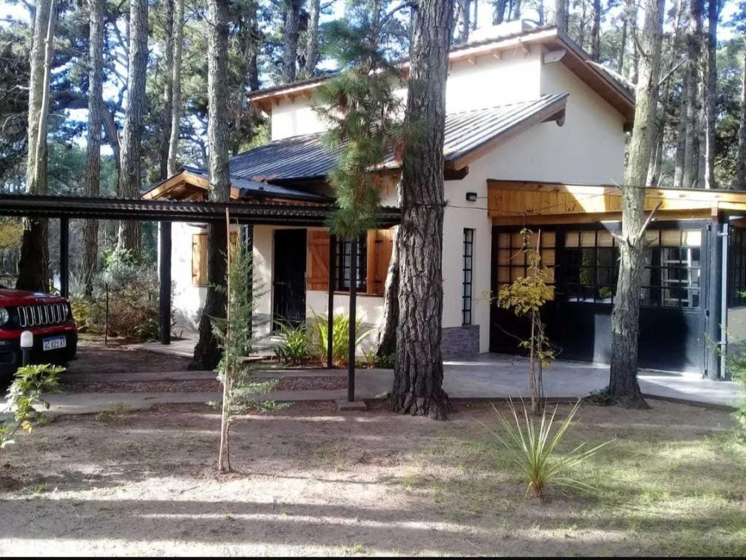 Foto Casa en Venta en  La Lucila Del Mar ,  Costa Atlantica  Avenida 1 al 600
