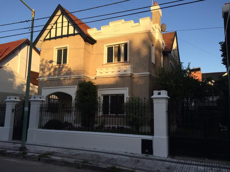 Foto Casa en Venta en  Banfield Oeste,  Banfield  PASAJE FLEMING 1068 (Hoy Psje Boffi)
