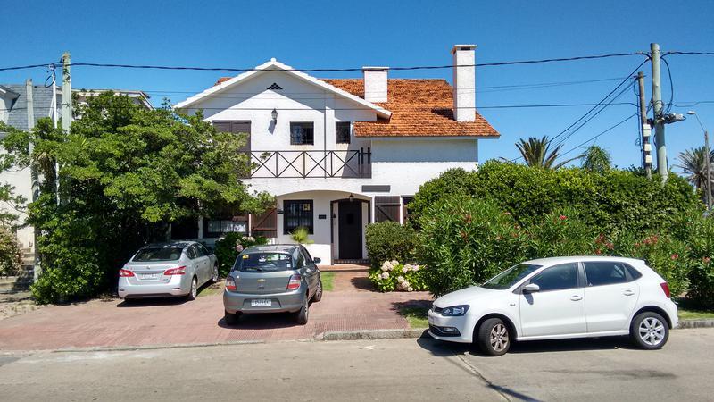 Foto Casa en Venta en  Península,  Punta del Este  Hermosa Casa en Venta en el Corazón de la Península