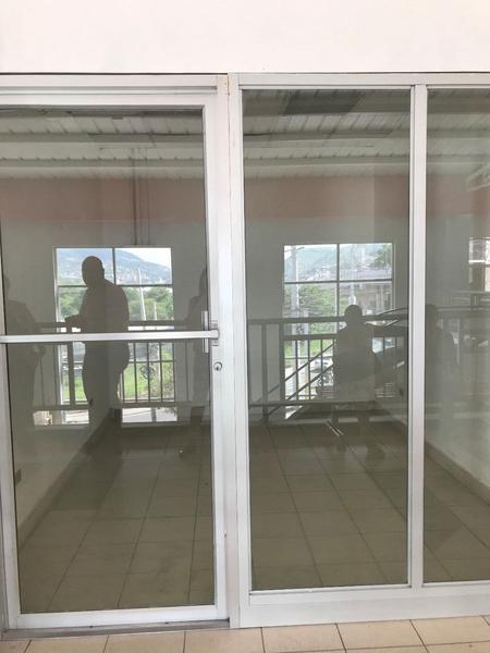 Foto Local en Renta en  La Granja,  Tegucigalpa  Local en Tercer nivel en La Granja, Tegucigalpa